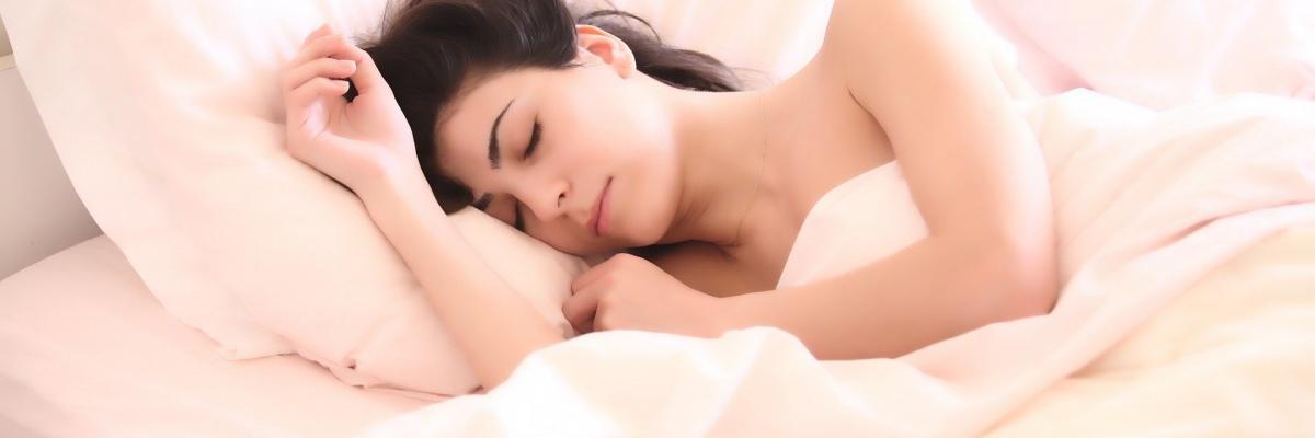 V kombinácii s ktorou potravinou účinkujú lieky na spanie rýchlejšie?