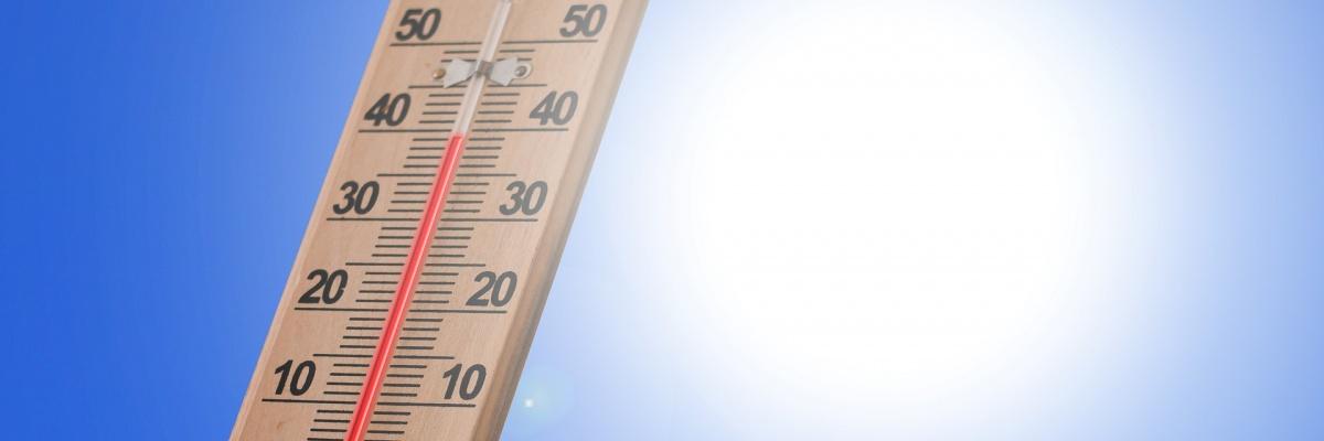 Pri akej teplote sa vo všeobecnosti odporúča skladovať lieky?
